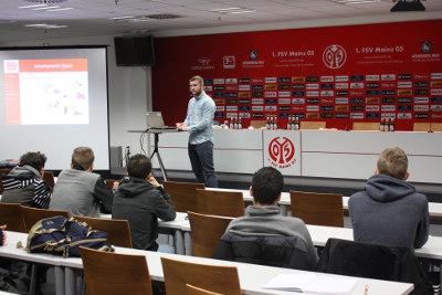 Vortrag zum Thema Sport und Beruf